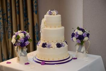 Esküvői torták 1300 Ft / szelettől