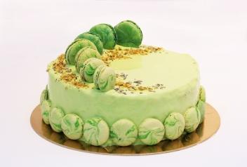 Mentás macaron torta